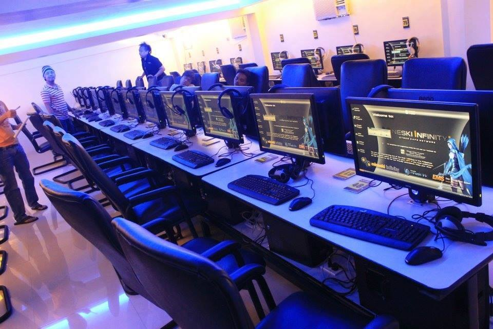 video game and internet cafes Hong kong's internet cafes may have fallen into ruin,  almost every single game known to man is installed on  are violent video games suitable for young.
