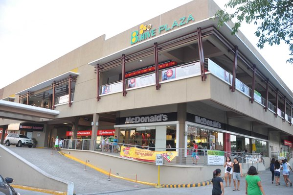B. Hive Plaza Front 02