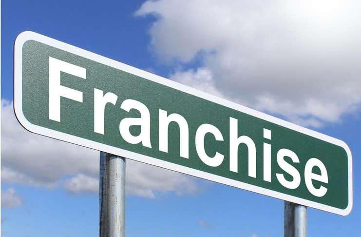 Advantages of Franchising Over Sole Proprietorship